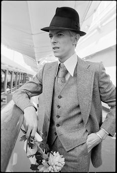 David Bowie aboard the SS Leonardo da Vinci in New York City in 1976. Photo by Andrew Kent courtesy of Rock Paper Photo.