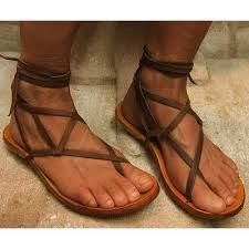 """Gladiator Sandles shoes """"These shoesies are made for walken! Roman Sandals, Gladiator Sandals, Leather Sandals, Greek Sandals, Jesus Sandals, Huaraches, Shoe Game, Fashion Boots, Barefoot"""