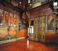 Palacio Güell / Album / Gran salón de recepción del  Palacio Güell