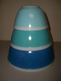 VINTAGE RARE BLUE PYREX NESTING BOWL 3 PC SET 401 402 403 AMERICANA WHITE BAND