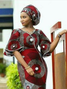Are you a fashion designer looking for professional tailors to work with? Gazzy Consults is here to fill that void and save you the stress. We deliver both local and foreign tailors across Nigeria. Call or whatsapp 08144088142 Best African Dresses, African Traditional Dresses, Ghanaian Fashion, Latest African Fashion Dresses, African Print Dresses, African Print Fashion, Africa Fashion, African Attire, African Prints