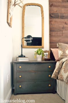Color Used On Nightstands Is Urbane Bronze By Sherwinn Williams It S A Beautiful Warm Brown With Gray Undertones Annie Sloans Dark Wax Over These Pieces