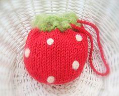 Fresa bolsa bolsa fruta Cozy Knit aguja por NewEnglandQuilter