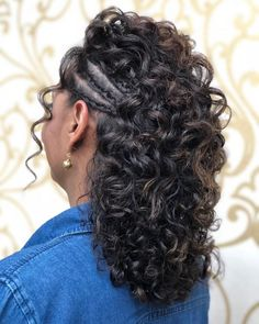 Não Curly Wedding Hair, Curly Hair Tips, Curly Hair Care, Curly Hair Styles, Natural Hair Styles, Natural Curls, Curly Girl, Elegant Hairstyles, Braided Hairstyles
