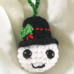 Reposting @northern_bird84: I'm selling these little guys in my Etsy store. Link in bio #snowball #christmastree #christmas #christmasdecorations #holly #tophat #crochet #crochetersofinstagram #crochetaddict #handmade #handmadewithlove #madebyme #etsy #etsyseller #etsystore