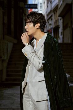 "Explore the celebrity of Korea : #Lee_Min_ho on the set of 'Legend of the Blue Sea' in #Spain ""The Legend of the Blue Sea"" is set to premiere on Nov 16. For more read ; ✿Click ""LIKE"" this page for more K-beauty @meetunnie #kbeauty #koreacosmetics"