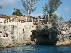 The diving cliff, and restaurant