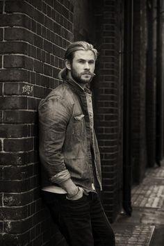 Chris Hemsworth: Empire Magazine Photoshoot Outtakes