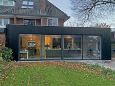 Open facade structure with black Platwood parts. Angles of the expansion are finished . - Open facade structure with black Platwood parts. Corners of the expansion have been completed. House Extension Plans, House Extension Design, Roof Extension, Garden Room Extensions, House Extensions, Roof Design, House Design, Small Beach Houses, House Cladding