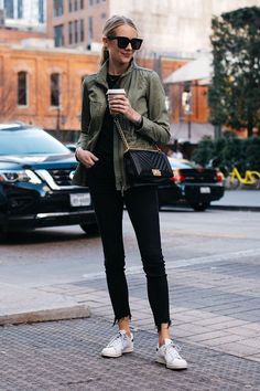 Cardigan Verde, Jean Outfits, Casual Outfits, Work Outfits, Fall Outfits, Dress Outfits, Look Fashion, Black Jeans, Casual Styles