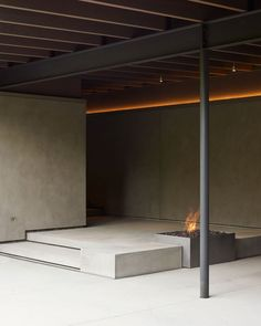 The Lake House is a minimalist residence located in Seattle, Washington, designed by Suyama Peterson Deguchi Concrete Architecture, Interior Architecture, Interior Design, Contemporary Cabin, Haus Am See, Journal Du Design, Home Cinemas, Mid Century House, Architectural Elements