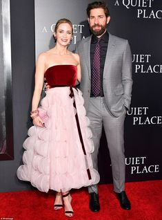 "Emily Blunt Photos - Emily Blunt and John Krasinski attend the premiere for ""A Quiet Place"" at AMC Lincoln Square Theater on April 2018 in New York City. - 'A Quiet Place' New York Premiere Celebrity Couples, Celebrity Photos, Celebrity Style, Emily Blunt Daughter, Blake Lively, John Krasinski Emily Blunt, Priyanka Chopra Wedding, Nyc, Red Carpet Looks"