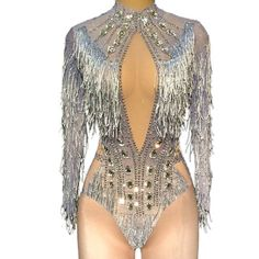 """Pure"" performance dance costume salsa bachata lyrical ""Pure"" Performance Tanzkostüm Salsa Bachata lyrisch – World Dance Apparel Salsa Bachata, Bachata Dance, Salsa Dance, Stage Outfits, Dance Outfits, Trendy Fashion, Fashion Outfits, Pullover Shirt, Salsa Dress"
