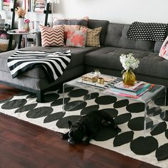 The 10 Commandments of Rental Decor: If there are rules that you as a renter must follow, make it these 10 commandments.