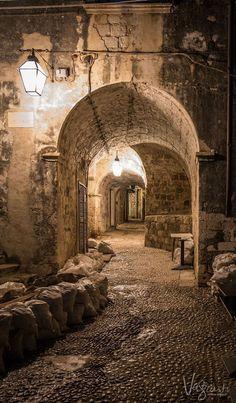 Get the Best Photo's of Dubrovnik Croatia [Travel Photography Tips] - culture travel Visit Croatia, Croatia Travel, Hvar Croatia, Amazing Photography, Travel Photography, Nature Photography, Photography Tips, Places To Travel, Places To See