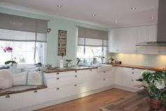 Love the bench under the window on the counter. Kitchen Family Rooms, New Kitchen, Kitchen Dining, Kitchen Decor, Kitchen Cabinets, Condo Decorating, Interior Decorating, Countryside Kitchen, Farmhouse Renovation