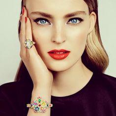Ymre Stiekema by Alasdair McLellan for VOGUE JAPAN December 2013 #lovefmd #fashion #beauty #editorial #makeup #beautyface #face #elegant #redlips #accessories #jewelery #portrait #Padgram