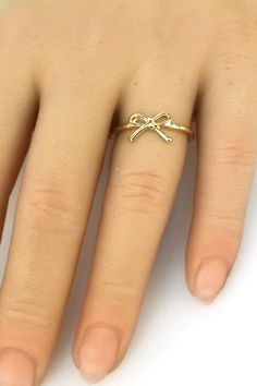 Bow Ring ~ gotta have!!!