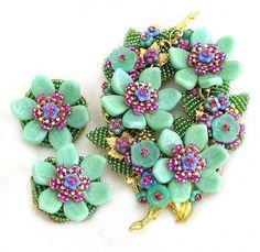 Stanley Hagler Ian St Gielar Mint Green Flower Demi Parure