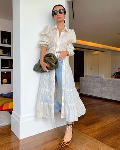 Looks Casual Chic, Looks Chic, Mode Outfits, Casual Outfits, Silvia Braz, Mom Style, Lace Skirt, Beachwear, Ideias Fashion
