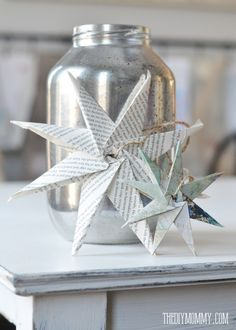 Trendy diy christmas star paper book pages Homemade Christmas Tree Decorations, Diy Christmas Star, Christmas Origami, Christmas Ornaments To Make, Christmas Paper, Christmas Crafts, Christmas Ideas, Holiday Decorations, Seasonal Decor
