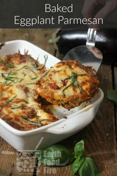 A vegetarian dish even the meat-eaters can enjoy, this baked eggplant parmesan is loaded with crispy breaded eggplant slices, a rich tomato, garlic, and herb sauce, then topped with shredded mozzarella and Parmesan. #eggplant #baked #healthy