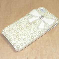 New 3D pearl bow luxury diamond back hard case Cover for iPhone 4 4s iPhone 5G  Best item ever seen, with very good price! Recommend!