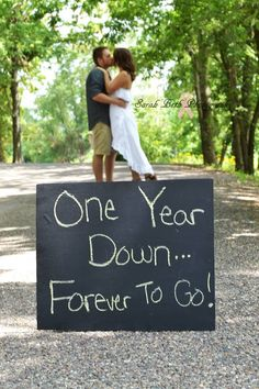 One year anniversary photo! I like this.Don't forget personalized napkins for your anniversary celebration! It's all in the details! #anniversary www.napkinspersonalized.com