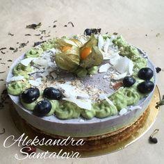 RAW Blueberru mint CAKE