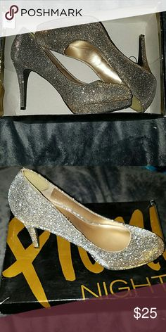 Gold sparkly heels! Gold heels size 8! Only wore once to prom! Shoes Heels