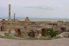 Ruinas del Cartago romano. Cartago fue una ciudad de la Antigüedad, situada al norte de África. La ciudad de Cartago estaba situada en el territorio ocupado en la actualidad por Túnez.