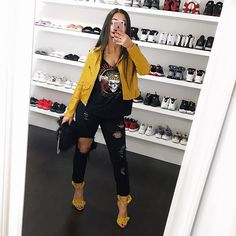 Look at more ideas about Fashion attire, Loot outfits and Female styles. Swag Outfits For Girls, Trendy Outfits, Cute Outfits, Fashion Outfits, Mode Swag, Vetement Fashion, Yellow Top, Grunge Outfits, Fall Winter Outfits