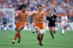 Dutch soccer legends: Marco van Basten and Ruud Gullit