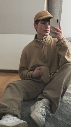 Street Outfit, Street Wear, Brown Outfit, Photography Poses For Men, Stylish Mens Outfits, Aesthetic Clothes, Mens Fashion, Clothing, Dress