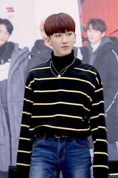 jambangee 팬싸인회 Bin always looks so fashion Yongin, Kids Around The World, Felix The Cats, K Idol, Lee Know, Kpop Boy, Bias Wrecker, Boys Who, Mixtape