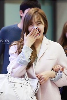#Tiffany #Miyoung #SNSD #smile #cute #airport