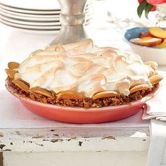 Butterscotch Banana Pudding Pie - MyRecipes