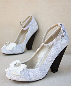 Look at this #zulilyfind! Gray & White Eloise Pump - Women by Joyfolie #zulilyfinds I REALLY want these shoes!