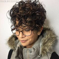 Short Curly Pixie, Short Curly Hairstyles For Women, Curly Hair Styles, Short Curls, Curly Hair Cuts, Hairstyles With Bangs, Cool Hairstyles, Natural Hair Styles, Hairstyle Ideas