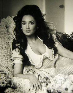 Suzanne Pleshette -> reminds me of Naya Rivera (Santana from Glee) in this image.