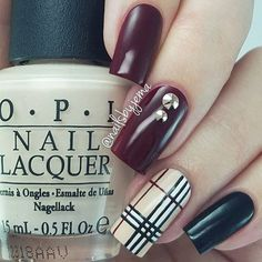 Perfeitas! ❤️ por @nailsbyjema #burberry #burberrynails #unhas #nails #ongles #uñas #smalto #polish #nailpolish #vernis #instanails #nailstagram #nailstoinspire #potd #notd #cutenails #unhasdecoradas #unhasdelicadas #nailart #naillacquer #vernisaongles #nailpromote #instanailart #craftyfingers