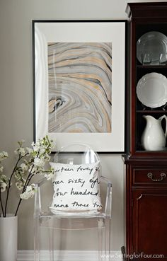How to make this Clever DIY Wall Art Idea with a High End look and a bargain price of only $37! An Easy,Look for Less; Beautiful and Stylish DIY Decor that actually looks like real agate stone!