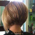 50 besten invertierten Bob-Frisuren 2018 – invertierte Bob-Haarschnitte Thin Hair Cuts a line cuts for thin hair Bob Hairstyles 2018, Inverted Bob Hairstyles, Bob Hairstyles For Fine Hair, Cool Hairstyles, Hairstyle Ideas, Wedding Hairstyles, Makeup Hairstyle, Celebrity Hairstyles, Style Hairstyle