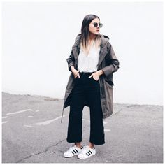 "Elif Filyos auf Instagram: ""New outfit post is up on the blog today #thefashionmedley #rwco #coatcheck"""