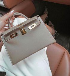 Hermes Bags, Hermes Handbags, Fashion Handbags, Purses And Handbags, Fashion Bags, Designer Handbags, Designer Shoes, Sac Hermes Kelly, Cute Bags