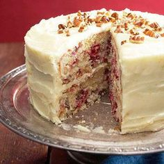 Cranberry Layer Cake This moist white cake combines toasted pecans and refreshing orange peel with cranberries. Orange peel flavors the thick cream cheese frosting, too. Cranberry Cake, Cranberry Recipes, Fall Recipes, Cranberry Muffins, Ultimate Cake Recipe, Just Desserts, Dessert Recipes, Dishes Recipes, Frosting Recipes