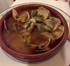 Restaurante Sobrino de Botin - Oldest Restaurant in the World - Madrid - Cellar Dining Room - Clams Botin
