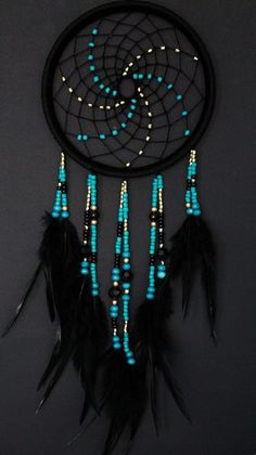 Stunning Dream Catcher Ideas to get only Pleasant Dreams Dream Catchers are Widely Used as Home Decor.Here are Some Handpicked Dream Catcher Ideas to Protect You from Bad Dreams,Nightmares,Negativity Los Dreamcatchers, Dream Catcher Decor, Dreams Catcher, Dream Catcher Bedroom, Making Dream Catchers, Dream Catcher Patterns, Blue Dream Catcher, Dream Catcher Mobile, Dream Catcher Tutorial