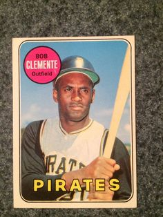1969 Topps ROBERTO CLEMENTE Pirates HOF #50 Gorgeous Great Card To Grade