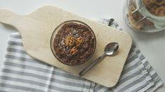 Havermout is een enorm gezond ontbijtje. Ik geef je een heerlijk recept en leg uit waarom het zo gezond is! Hierbij gebruik ik info uit de Voedselzandloper.